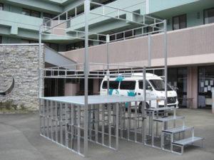 折りたたみ式アルミ製やぐら(櫓)ステージ 組み立て方4 パックス工業株式会社